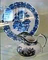 Bord Javabloemen en melkkannetje Juvenile, Clermont & Chainay (1851-59), Maastricht.jpg