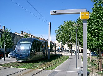 Bordeaux tramway - Image: Bordeaux aps overhead wire transition