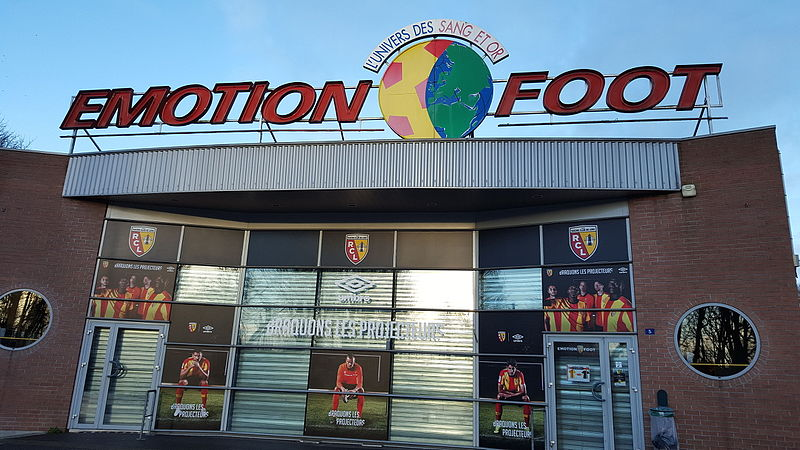 File:Boutique Emotion Foot janvier 2016.jpg