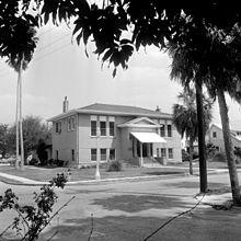 Bradenton's Carnegie Library