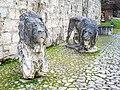 Brescia Castello due leoni Domenico Ghidoni.jpg