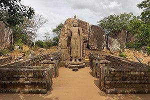 Buda de Avukana - 01