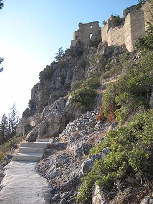 Buffavento Castle - Image: Buffavento castle 1