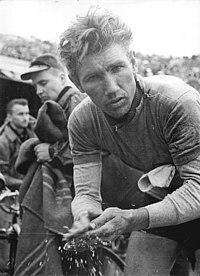 Bundesarchiv Bild 183-82750-0095, Anatoli Tscherepowitsch.jpg