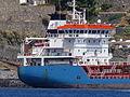 Buque desalador, Puerto de Lipari, Islas Eolias, Sicilia, Italia, 2015.JPG