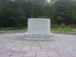 Bourlon Wood Memorial - Image: Burlon 3