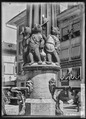 CH-NB - Bern, Kindlifresserbrunnen, vue partielle - Collection Max van Berchem - EAD-6617.tif