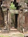Cambodia 08 - 119 - Angkor Thom (4334422346).jpg