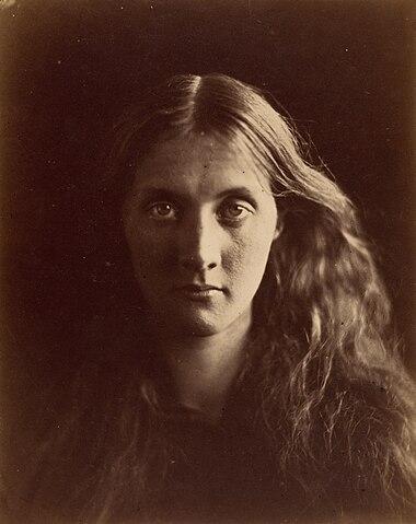 Фотопортрет матери Вирджинии Вулф, Джулии Стивен, сделанный Джулией Маргарет Камерон (апрель, 1867 год)