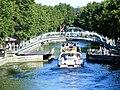 Canal Saint-Martin vue vers le Pont Dieu.jpg