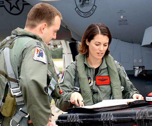 filecapt nicole malachowski f15e female pilot looks