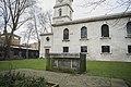 Caslon tomb in St Luke's churchyard.jpg