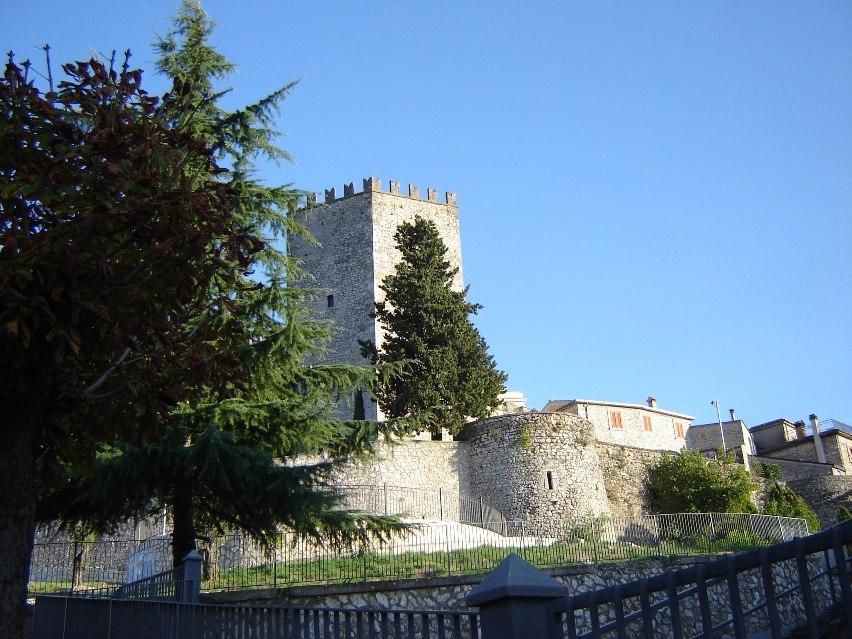 Castello di Monte San Giovanni Campano 9