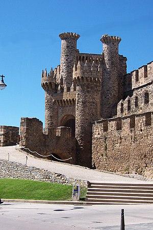 Ponferrada - Facade of the Templar Castle, built in the 12th century