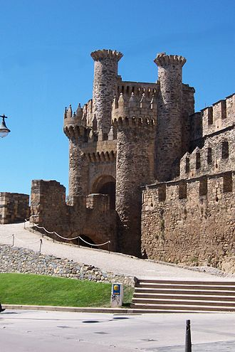 Ponferrada - Facade of the Templar Castle, built in the 12th century