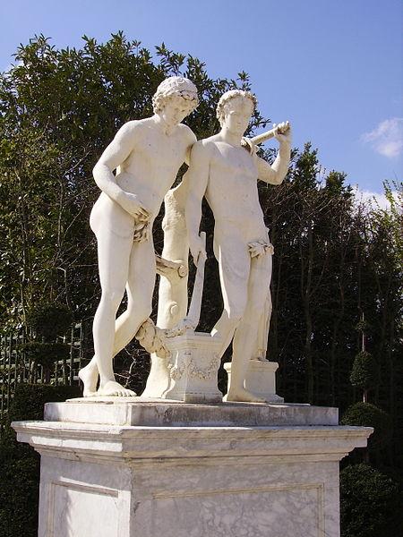 File:Castor and Pollux-Parc de Versailles.jpg