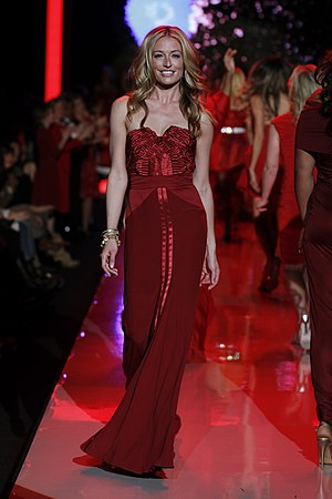 Alberta Ferretti - Cat Deeley in Alberta Ferretti at The Heart Truth's Red Dress Collection Fashion Show, 2011