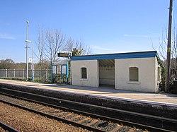Cefn-y-bedd railway station (24).JPG