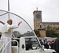 Cenas do desfile do papa Francisco em Aparecida (9357832017).jpg