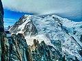 Chamonix-Mont-Blanc Aiguille du Midi Vue sur Mont-Blanc 01.jpg