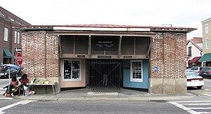 City Market (Charleston, South Carolina) - Church Street entrance to the market, with Gullah sweetgrass basket vendors on the left