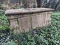 Chest Tomb Birdingbury 3.jpg