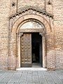 Chiesa di San Francesco, facciata, portale (Montagnana).jpg
