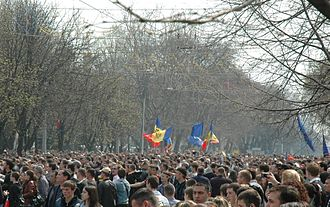 April 2009 Moldovan parliamentary election protests - Mass street protests in Chișinău