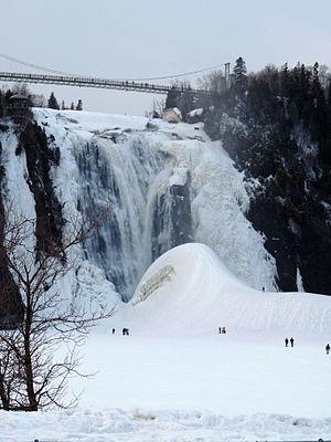 Montmorency Falls - Image: Chute Montmorency Pain de sucre