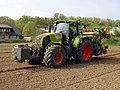 Claas Axion 810-01.jpg
