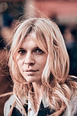 Clemence Poesy Paris Fashion Week Autumn Winter 2019.jpg