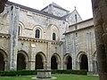 Cloître de l'Abbaye Saint Vincent (Nieul-sur-l'Autise).JPG