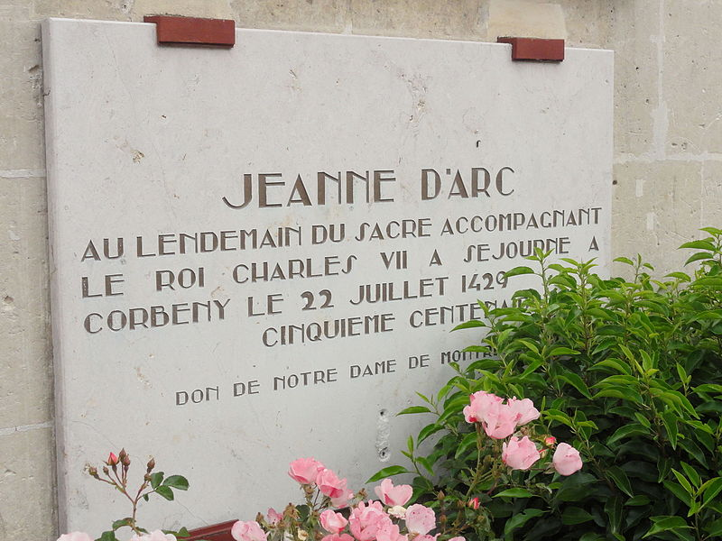 Corbeny (Aisne) mairie, plaque Jeanne d'Arc