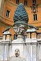 Cortile della Pigna, nei Musei Vaticani - panoramio.jpg