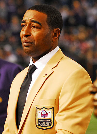Cris Carter - Carter at his Hall of Fame induction in 2013