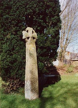 Lanivet - The cross in Lanivet churchyard