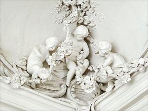Johann Michael Graff - Image: Décor en stuc du salon blanc (Palais de Rundale)