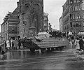 DUKW militair amfibisch voertuig in Amsterdam, Bestanddeelnr 900-9210.jpg