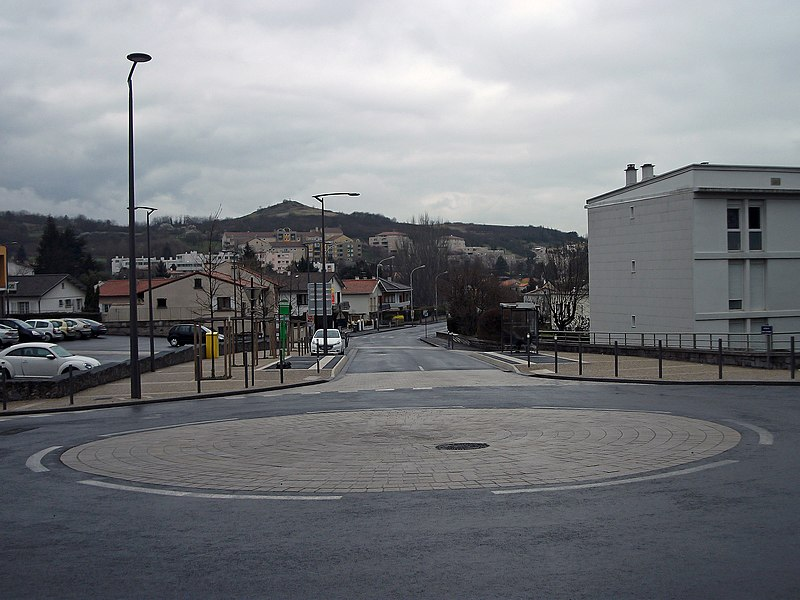 Departmental road 3 from Opme to Beaumont and Clermont-Ferrand, in Romagnat; on the first ground, a flat roundabout