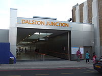 Dalston Junction stn north entrance April2010.JPG
