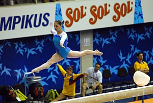 Balance beam - Daniele Hypólito performing on the balance beam in 2007