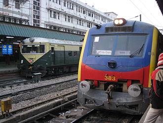 Delhi Suburban Railway - Image: Delhi emu and memu
