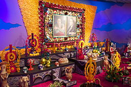 Movies like Coco feature Dia de los Muerta altars like this
