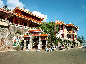 Vietnamese folk religion - The large Cô Shrine in Long Hải.