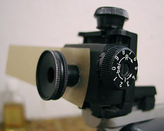 Diopter sight - Target shooting diopter of a 10 metre air rifle with a mounted occluder for the non-aiming eye