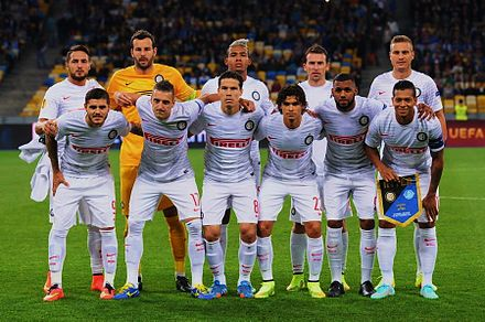 Inter lining up before a Europa League match against FC Dnipro on 18  September 2014 84aed7e38