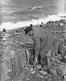 Duitse steenzetters werken op Afsluitdijk, Bestanddeelnr 905-6532.jpg