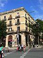 Edifici d'habitatges av Marquès de l'Argentera, 27- cantonada.jpg