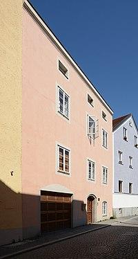 Ehemaliges Handwerkerhaus Lederergasse 46 (Passau) a.jpg