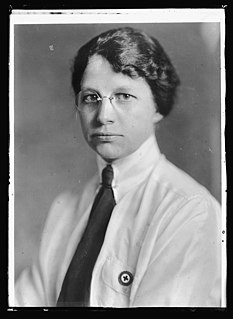 Elizabeth Gordon Fox American nurse